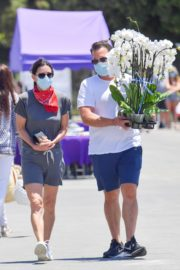 Courteney Cox and Johnny McDaid at Farmer's Market in Malibu 2020/06/07 4