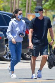 Courteney Cox Shopping at Farmer's Market in Malibu 2020/06/14 4