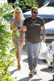 Courtney Stodden and Brian Austin Green Out for Lunch in Los Angeles 2020/06/13 4