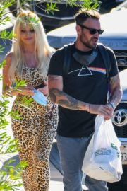 Courtney Stodden and Brian Austin Green Out for Lunch in Los Angeles 2020/06/13 10