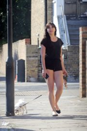 Daisy Lowe Out with Her Dog in London 2020/06/02 5