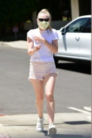 Dakota Fanning in Shorts Wearing a Mask Out in Los Angeles 2020/06/08 1