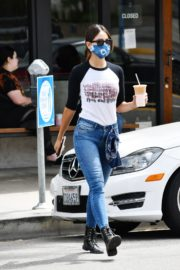 Eiza Gonzalez Out for Coffee in Los Angeles 2020/06/06 5