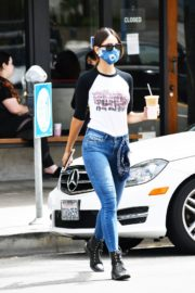Eiza Gonzalez Out for Coffee in Los Angeles 2020/06/06 9