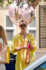 Elle and Dakota Fanning at a Birthday Party in Studio City 2020/06/15 11