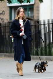 Emilia Clarke Out with Her Dog in London 2020/06/06 9