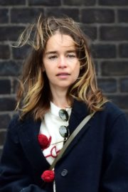 Emilia Clarke Out with Her Dog in London 2020/06/06 11