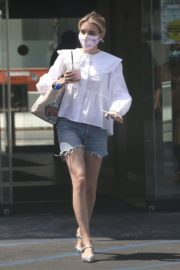 Emma Roberts in Denim Shorts Out in Los Angeles 2020/06/12 8