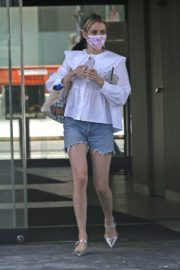 Emma Roberts in Denim Shorts Out in Los Angeles 2020/06/12 11