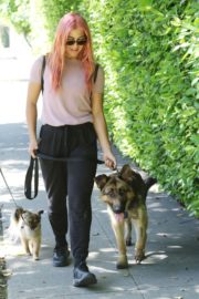 Emma Slater Out with Her Dogs in Los Angeles 2020/06/14 10