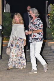 Goldie Hawn and Kurt Russel Out for Dinner in Malibu 2020/06/10 6