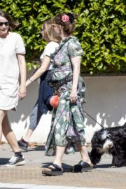Helena Bonham Carter Out with her friends in London 2020/06/01 1