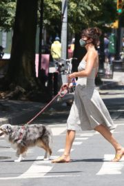 Helena Christensen Out with Her Dog in New York 2020/06/14 1