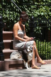Helena Christensen Out with Her Dog in New York 2020/06/14 4