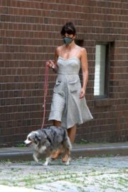 Helena Christensen Out with Her Dog in New York 2020/06/14 6