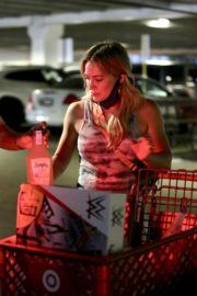 Hilary Duff Shopping at Target in Los Angeles 2020/06/21 2