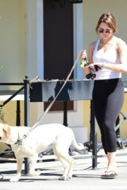 Hunter Haley King Out with Her Dog in Los Angeles 2020/06/11 1