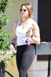 Hunter Haley King Out with Her Dog in Los Angeles 2020/06/11 9