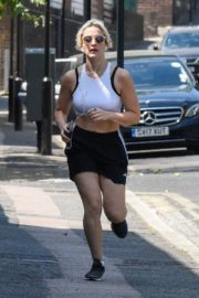 India Mullen Out Jogging in London 2020/06/03 1