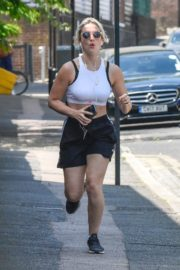 India Mullen Out Jogging in London 2020/06/03 3