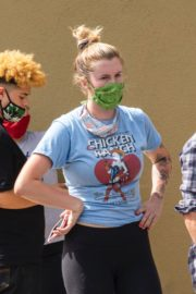 Ireland Baldwin at a Black Lives Matter Protest in Los Angeles 2020/06/01 7