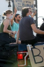 Ireland Baldwin at Black Lives Matter Protest in Los Angeles 2020/06/07 3