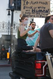 Ireland Baldwin at Black Lives Matter Protest in Los Angeles 2020/06/07 4