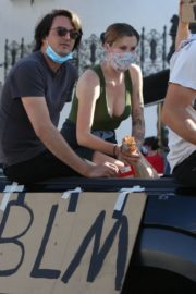 Ireland Baldwin at Black Lives Matter Protest in Los Angeles 2020/06/07 6