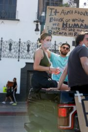 Ireland Baldwin at Black Lives Matter Protest in Los Angeles 2020/06/07 7
