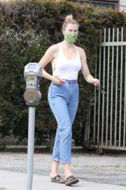 Ireland Baldwin in White Tank Top with Denims During Join Protests in Hollywood 2020/06/02 6