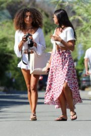 Izabel Goulart Out with Friends in Saint-Tropez 2020/06/08 3