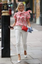Jenni Falconer Leaves Global Radio in London 2020/06/19 7