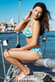 Jessica Gomes in Sports Illustrated Swimsuit 2010 10