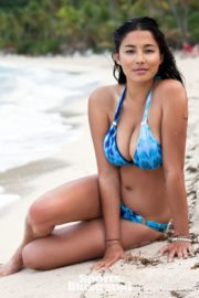 Jessica Gomes in Sports Illustrated Swimsuit 2011 24