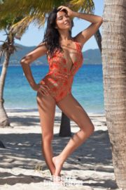 Jessica Gomes in Sports Illustrated Swimsuit 2011 33