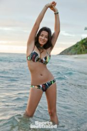 Jessica Gomes in Sports Illustrated Swimsuit 2011 37