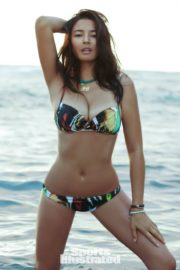 Jessica Gomes in Sports Illustrated Swimsuit 2011 39