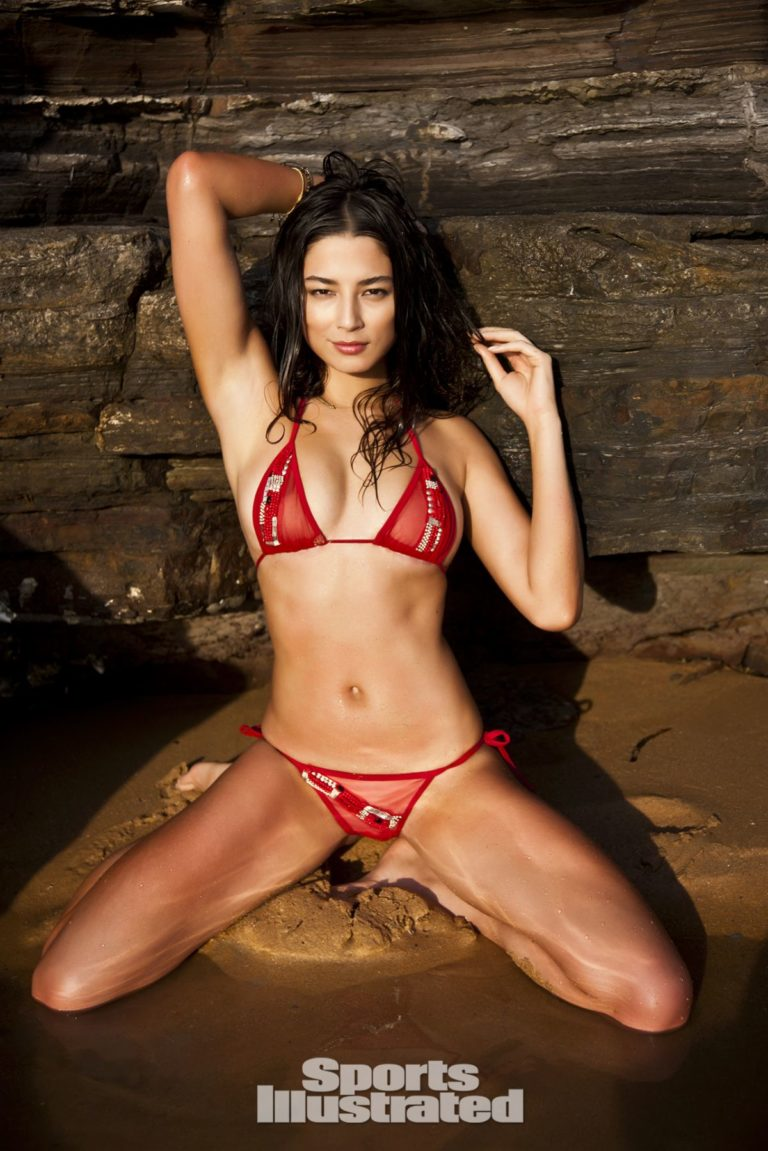 Jessica Gomes in Sports Illustrated Swimsuit 2012 27