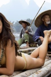 Jessica Gomes in Sports Illustrated Swimsuit 2013 1
