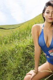 Jessica Gomes in Sports Illustrated Swimsuit 2013 6
