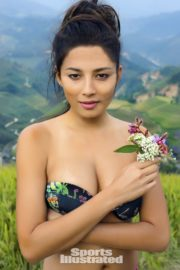 Jessica Gomes in Sports Illustrated Swimsuit 2013 11