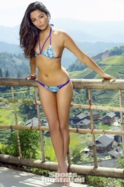 Jessica Gomes in Sports Illustrated Swimsuit 2013 13