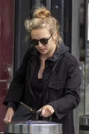Jodie Comer Out and About in Liverpool 2020/06/01 7