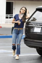 Jordana Brewster in Ripped Denim Out in Brentwood 2020/06/06 9