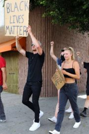 Josie Canseco Out Protesting in West Hollywood 2020/06/03 4