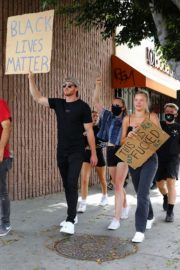 Josie Canseco Out Protesting in West Hollywood 2020/06/03 6