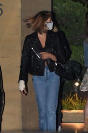 Kaia Gerber and Cara Delevingne Out for Dinner at Nobu in Malibu 2020/06/09 4