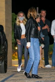Kaia Gerber and Cara Delevingne Out for Dinner at Nobu in Malibu 2020/06/09 8