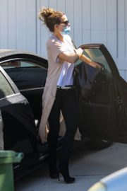 Kate Beckinsale Out and About in Pacific Palisades 2020/06/10 1