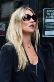 Kate Moss Out and About in London 2020/06/19 6